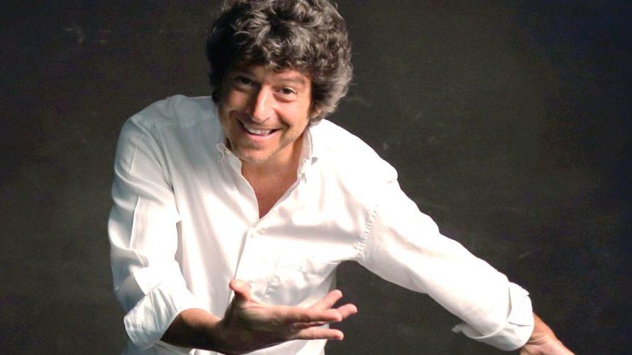 M'accompagno da me è il One man show di Michele La Ginestra, con la regia di Roberto Ciufoli: uno spettacolo spumeggiante ambientato… nell'aula di un carcere. Una sfilza di personaggi […]