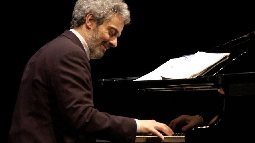 Il premio Oscar Nicola Piovani porta sul palco del Teatro Argentina il suo spettacolo-concertato La musica è pericolosa, con tutti i suoi brani più celebri riarrangiati. La Stagione del Teatro […]