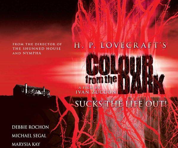 """""""Colour from the dark"""" è un horror sovrannaturale italiano del 2008, diretto da Ivan Zuccon e ispirato al racconto ''Il colore venuto dallo spazio"""" del maestro dell'horror, Lovecraft, che ha […]"""