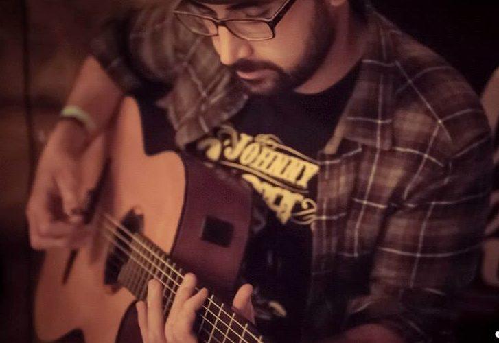 Quando e perchè hai cominciato a suonare, e perchè la chitarra?  Ho incominciato a suonare a 13 anni. Trovai una chitarra elettrica a poco prezzo in un negozio e […]