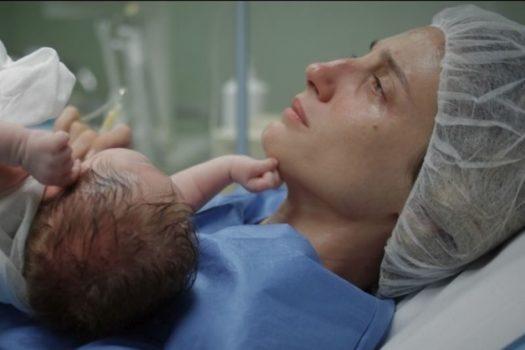Recensione Ninna nanna: Anita (Francesca Inaudi), una neo-mamma in difficoltà