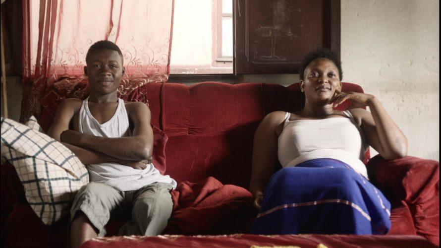 Félicité (Véro Tschanda Beya) è una donna di Kinshasa (Congo) che vive grazie al suo lavoro di cantante in un locale. La sua serenità viene messa però a repentaglio da […]