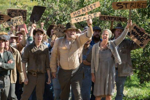 In Dubious Battle - Il Coraggio degli ultimi: lo sciopero dei raccoglitori di frutta