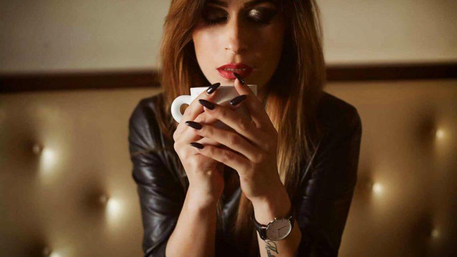 Amici di Mondospettacolo, voglio presentarvi una bellissima fotomodella che mi è stata presentata da uno dei fotografi italiani più bravi e ricercati: Antonio Carbone. La fotomodella si chiama Sofia e […]