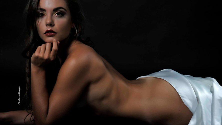 Mi chiamo Fabiola Dalla Chiara, ho 25 anni e sin da piccola recitare è stata per me una passione. Difatti inizio con il teatro nella mia città d'origine e porto […]