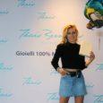 I gioielli sono quelli disegnati da Thais Bernardes, modella brasiliana. La testimonial è Silvia Casonato, una fra le più importanti social-influencer italiane con oltre 700.000 follower e una popolarità equamente […]