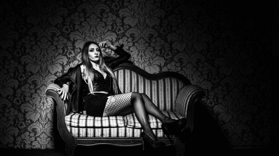 """Mi presento sono Sara Dalla Nora in arte """"Nadira"""" , ho 21 anni e vivo a Torino. Ho iniziato a lavorare come fotomodella alla tenera età di 16 anni cercando […]"""