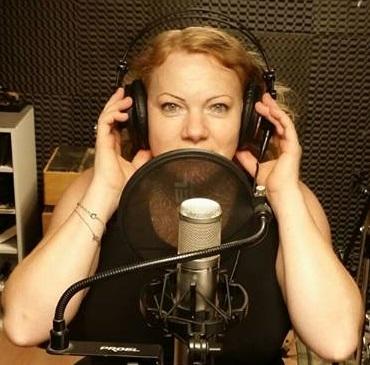 """La cantante Marianna Bordiyan, in arte, Alexeevna, esce con il suo primo cd composto da 14 brani anni 60, e che contiene anche alcuni inediti tra cui """"Amore imperfetto"""", scritta […]"""