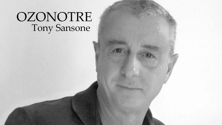 Amici di Mondospettacolo, sono Costantina Busignani e oggi sono qui in veste di redattrice per presentarvi il produttore musicale Tony Sansone. Vediamo di conoscerlo insieme con questa intervista! Buongiorno Sig. […]