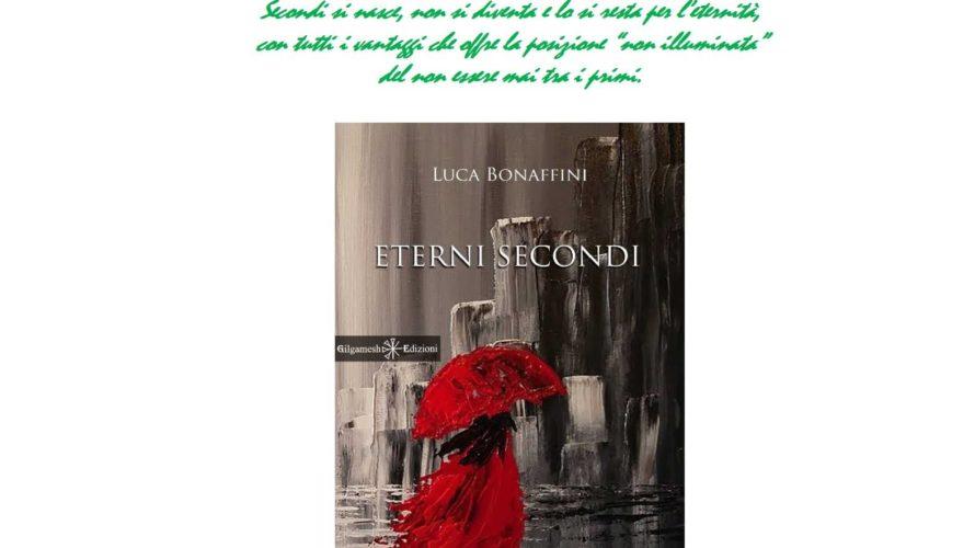 """""""ETERNI SECONDI""""è un romanzo a tre tempi, ingannevole e mutante, strutturato come un lungometraggio a episodi degli anni '70 e avente come filo conduttore il tempo e le sue avversità […]"""