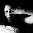 Ciao amici di Mondospettacolo, sono Silversnake Michelle, cantautrice rock di Torino. A gennaio è uscito il mio nuovo videoclip della canzone I MARRY MY PAIN. La canzone racconta, attraverso metafore […]