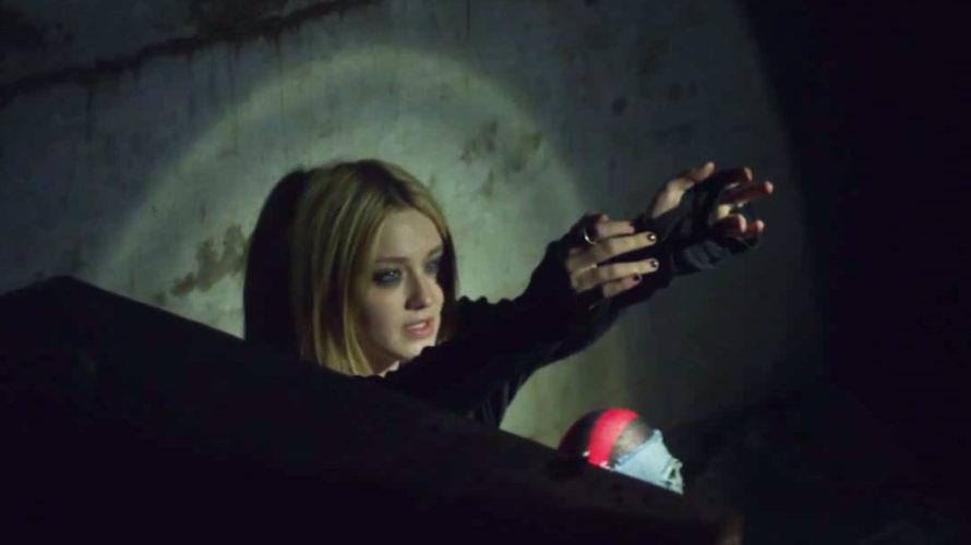 La Elizabeth Banks della saga Hunger games è una detective che, ossessionata dal suo fallito tentativo di salvare la vita di una bambina misteriosamente scomparsa, affiancata da un partner lavorativo […]
