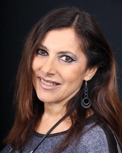 Intervista a Paola Barzi, ha 54 anni e vive a Roma. E' una biologa, ma da sempre ha una grande passione per lo Spettacolo, dove ha avuto anche grandi soddisfazioni. […]