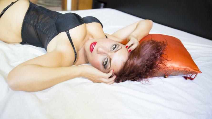 Amici di Mondospettacolo, oggi intervisterò per voi la sensualissima Candymou! Ho voluto farlo però in maniera diversa, le ho chiesto di andare a ruota libera e di raccontarsi! Buongiorno Alex, […]