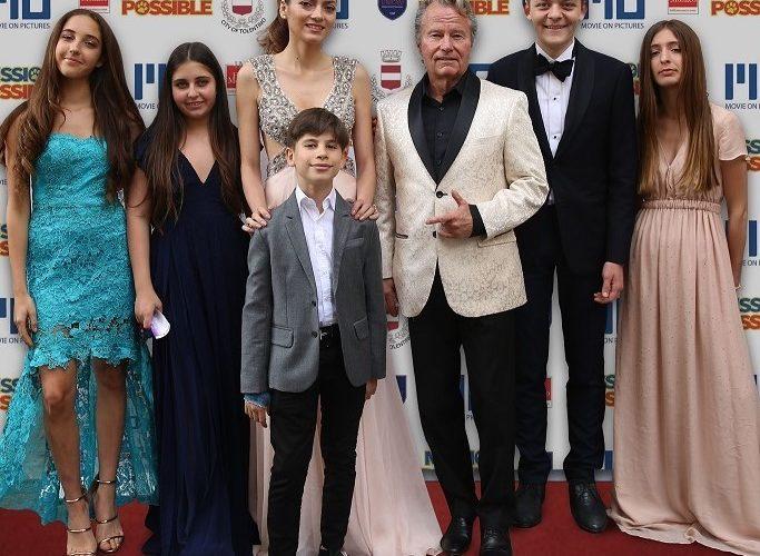 Successo al Marchè du Film del Festival di Cannes dell'anteprima mondiale del film Mission Possible. Sul red carpet i protagonisti John Savage, Blanca Blanco e Vincenzo Bocciarelli, reduci dalle riprese […]