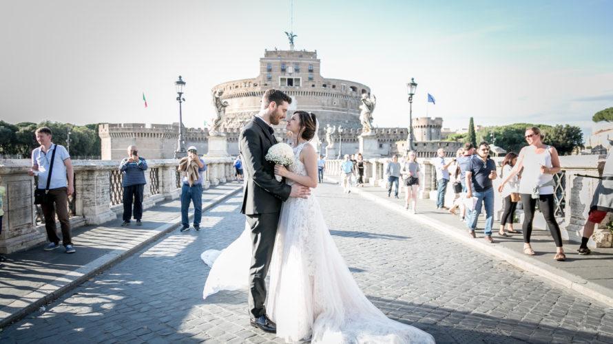 """Tante emozioni per l'attrice Cosetta Turco che ha da poco pronunciato il """"sì"""" più importante della sua vita in due giornate ricche di colpi di scena. Il 9 giugno nella […]"""