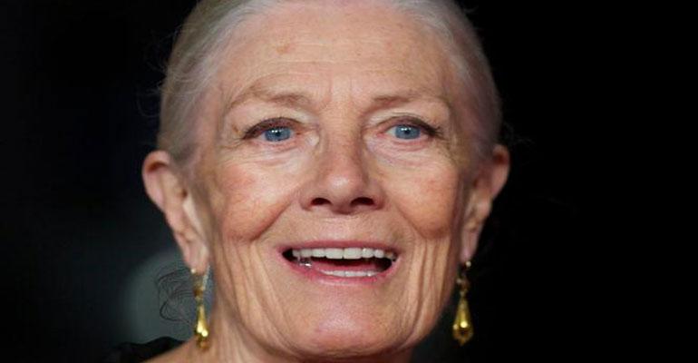Il Premio Oscar Vanessa Redgrave torna in Italia per presentare il suo primo film da regista, Sea sorrow – Il dolore del mare, al cinema da mercoledì 20 Giugno 2018. […]
