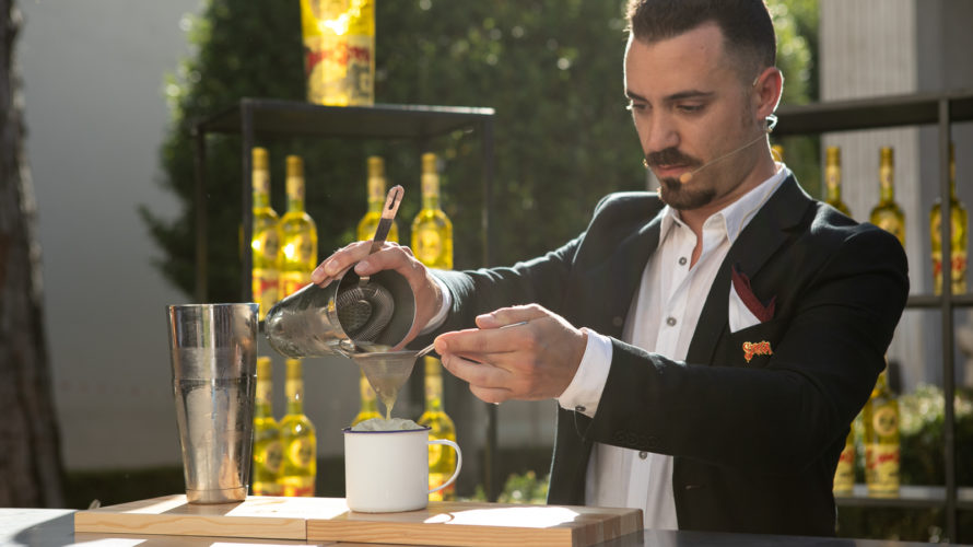 Testa Dura, composto da Liquore Strega, Amaro Braulio, sherbet limoni e camomilla home made, succo di limone e ginger beer, è il miglior cocktail della 4a Edizione del Premio Strega […]