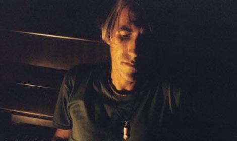"""Considerato a pieno titolo """"uno dei maggiori musicisti italiani viventi"""" – (F. Nunziata su """"Ondarock"""") – Federico De Caroli punta sul nuovo disco: """"Isole invisibili"""" Artista a tutto tondo (compositore […]"""