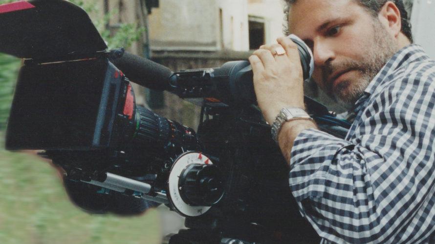 E' con noi oggi per la nostra intervista il noto registaPierfrancesco Campanella. Definirlo regista però è davvero riduttivo, ha spaziato infatti, in questa che è la settima arte, potremmo dire, […]