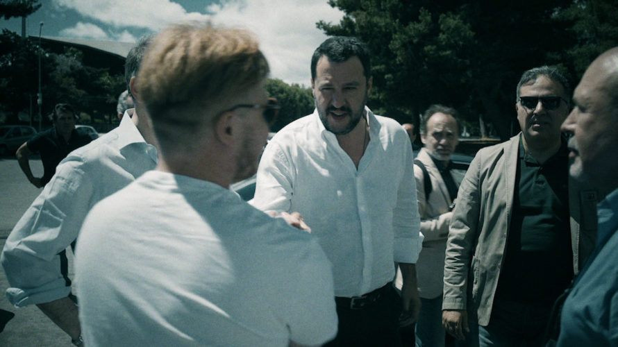 """Diretto da Davide Parenti e Claudio Canepari, arriva nei cinema solo il 26 e il 27 Novembre 2018Il sindaco – Italian politics for dummies, distribuito da Medusa Film. """"Mi chiamo […]"""
