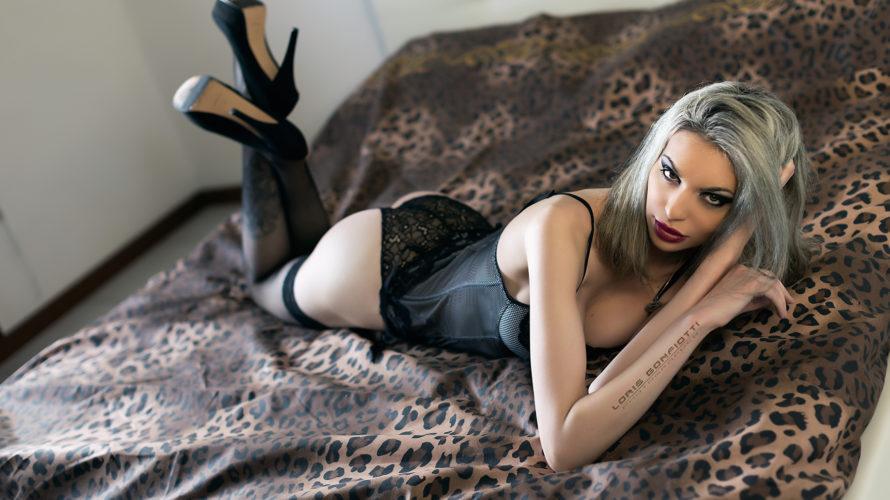Amici di Mondospettacolo, oggi vi voglio presentare Valery, una delle bellissime fotomodelle seguite dal fotografo professionista Loris Gonfiotti. Ciao Valery, benvenuta su Mondospettacolo, come stai innanzitutto? Ciao Alex, sto benissimo […]