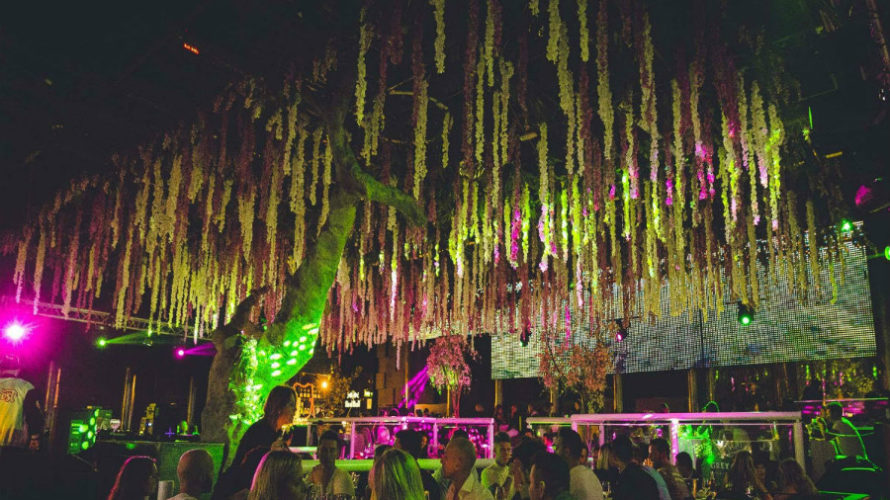 Il Peter Pan Club di Riccione si prepara a salutare il 2018 e ad accogliere il 2019 nel migliore dei modi, con tre serate consecutive, dal 30 dicembre 2018 al […]