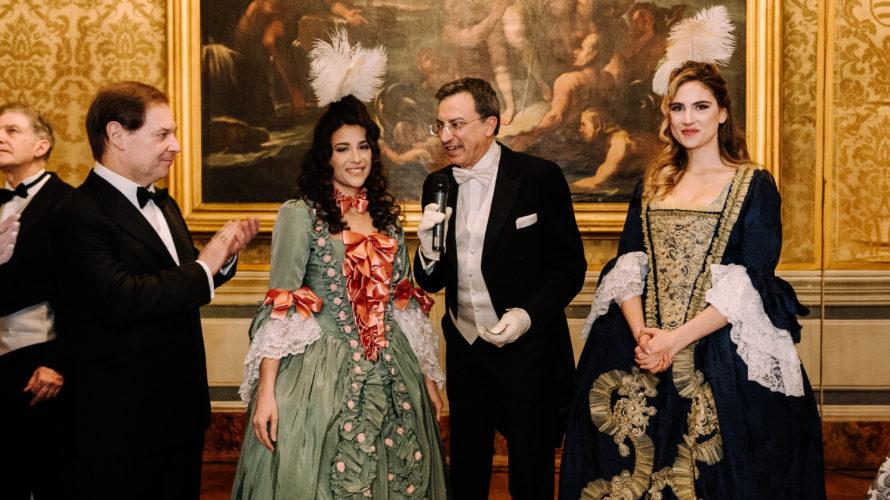 La Compagnia Nazionale di Danza Storica diretta da Nino Graziano Luca ha celebrato il magico e divertente Gran Ballo di Carnevale tra le Epoche nella prestigiosissima Pinacoteca del Tesoriere, palazzo […]