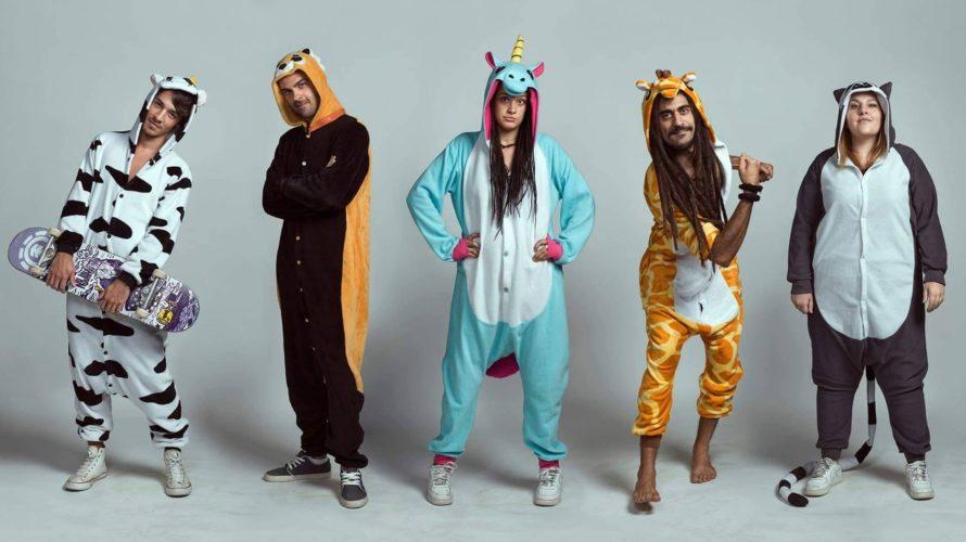 Ca$h Machine è il titolo del primo album della band toscana pijamaparty, disponibile da venerdì 12 aprile nei negozi di dischi per Black Candy Records e con la release parte […]