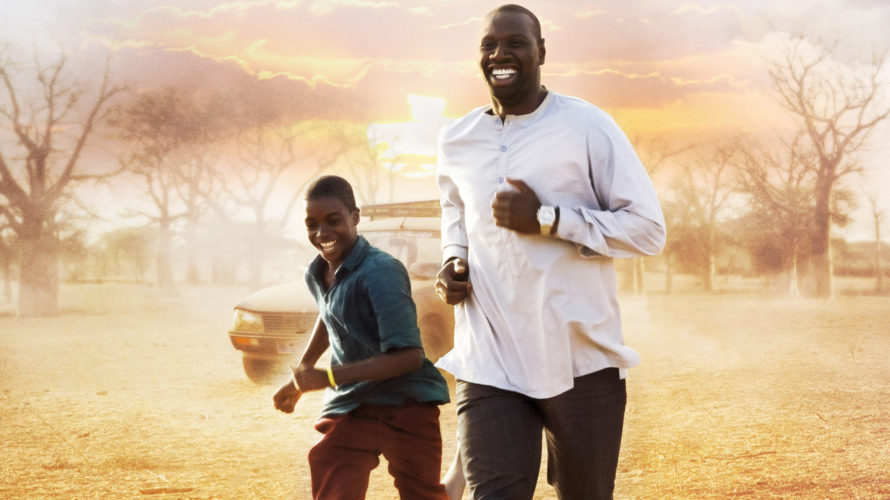 Yao (Lionel Basse) vive nel nord del Senegal, ha tredici anni e vuole incontrare a tutti i costi il proprio idolo: Seydou Tall (Omar Sy), un celebre attore francese invitato […]