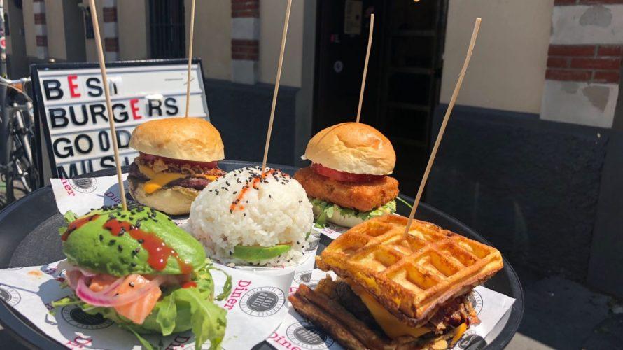 Non uno, ma ben cinque diversi tipi di hamburger: questo il programma della nuova edizione di 5 Burgers, dal 30 maggio al 1 giugno da East Market Diner a Lambrate. […]