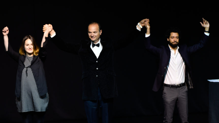 """È andato in scena l'11 maggio al teatro Hamlet di Roma lo spettacolo teatrale """"Il silenzio nella conca d'Oro"""" scritto e diretto da Felice Corticchia ed interpretato dall'attore Manfredi Russo. […]"""