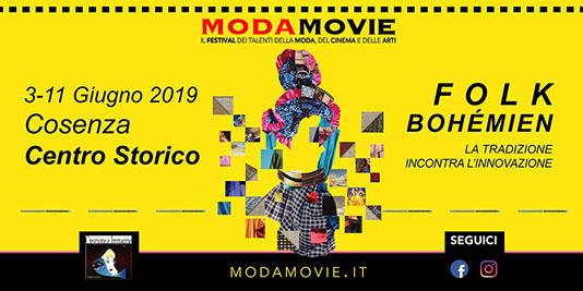 La bellissima sala del Cenacolo della Camera dei Deputati, a Roma, ha ospitato stamattina la presentazione nazionale della 23esima edizione di Moda Movie, il progetto che premia il talento nella […]
