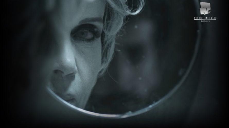Un teatro in decadenza è lo spazio intimo e interiore dell'arte, specchio della società odierna per la regista Lucilla Mininno in Solo no. Cecilia è un'attrice anziana che vive da […]