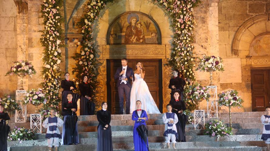 Aquino – La Chiesa della Madonna della Libera di Aquino ricoperta di fiori come in uno scenario da favola. E' la favola di Spose Sotto le stelle 2019. L'edizione numero […]