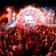 Un nuovo spazio suggestivo, con una programmazione musicale di primo piano. Con Rimini Beach Arena un'area di oltre 10mila metri quadrati si presenta come una delle più importanti novità estive […]