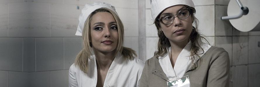 Visto nelle sale cinematografiche nel Novembre 2009, Ce n'è per tutti è il secondo lungometraggio diretto da Luciano Melchionna, autore quattro anni prima del Gas che, immerso in una triste […]
