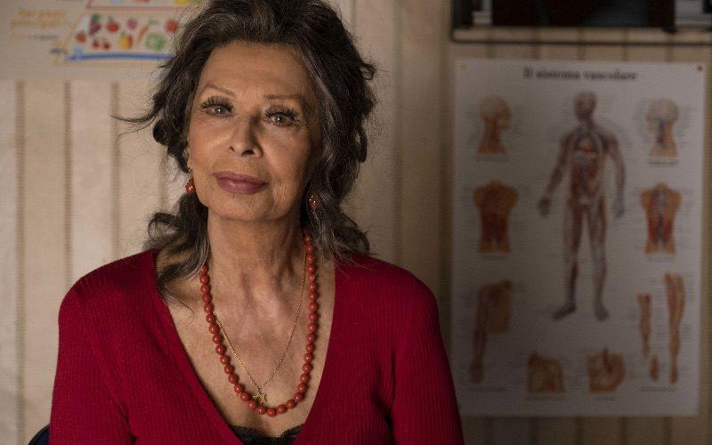 Sono terminate le riprese de La vita davanti a sé, diretto da Edoardo Ponti. Il film è interpretato da Sophia Loren nel ruolo di Rosa, Renato Carpentieri, Massimiliano Rossi, Babak […]