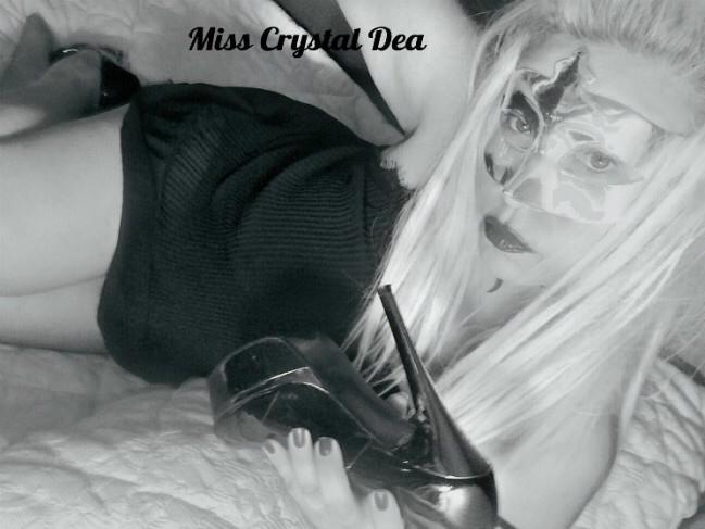 Mi chiamo Carbone Rosa M. in arte Mistress Crystal Dea sono nata e vivo a Milano, sono di origine calabrese e siciliana. Vi parlo di me: ho ereditato la passione […]
