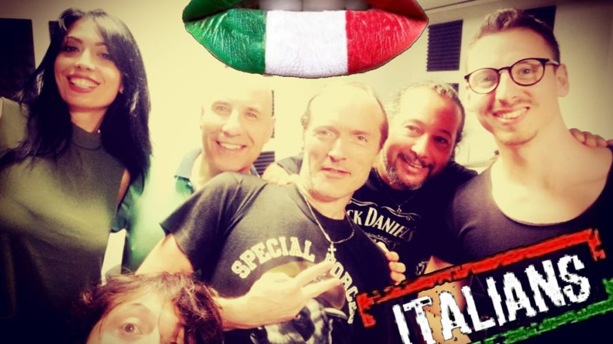 Gli ITALIANS si propongono non soltanto come band musicale di grande talento, ma come vera e propria rivendicazione di uno dei fenomeni più bistrattati del nostro costume nazionale : Il […]