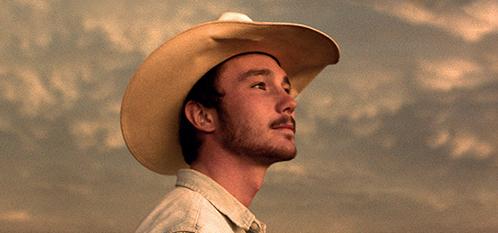 Come si può cercare di rinunciare a un sogno? The rider – Il sogno di un cowboy vuole raccontare proprio questo attraverso lo sguardo di Brady, carico di aspettative come […]