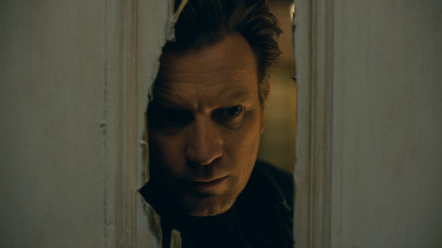 Distribuito da Warner Bros, arriva nei cinema il 31 Ottobre 2019 Doctor Sleep di Mike Flanagan, seguito della storia di Danny Torrance, a quarant'anni dalla sua terrificante permanenza all'Overlook Hotel in Shining. […]