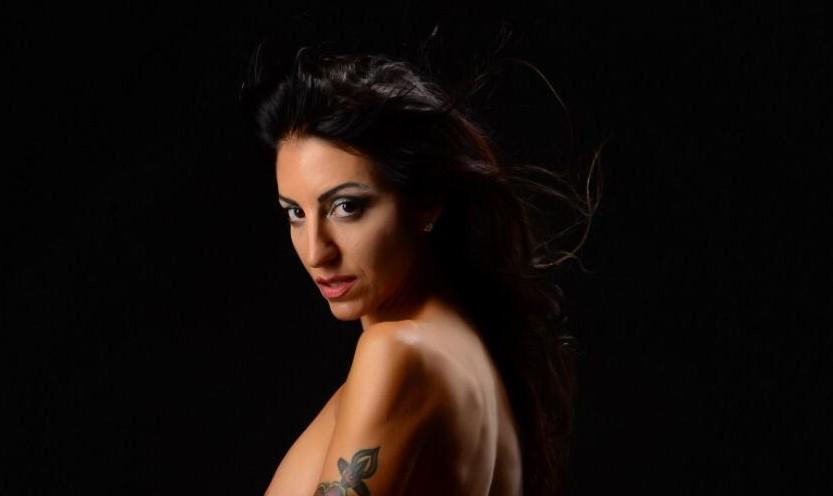 Amici di Mondospettacolo, la nostra Athena Privitera è tra le fotomodelle più cliccate del nostro portale… Oggi ve la propongo con questo editoriale… Che la vede immortalata…. In un favoloso […]