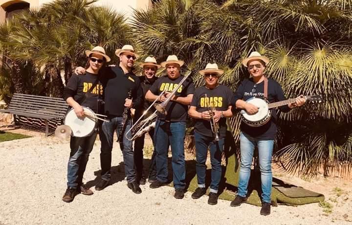 """LaFondazione the Brass Grouppresente al""""Graduation Day"""",sabato 26 ottobre, durante il quale si festeggeranno ilaureati magistrali UniPadella sessione autunnale dell'A.A. 2018/2019. Con la propria""""Brass Marching Street Band"""", la Fondazione che si […]"""
