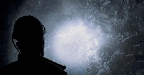 Diretto da Hanna Slak, Il segreto della minieratestimonia l'ennesimo grande sforzo effettuato daCineclub Internazionale Distribuzione, società che si occupa della diffusione in Italia di film indipendenti e dotati di una […]