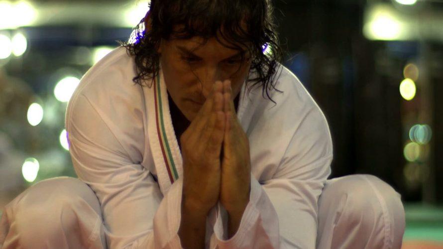 """L'attore Claudio Del Falco domenica scorsa si è aggiudicato il titolo di campione del mondo di karate. Il nostro Claudio infatti soprannominato """"Iron Man Nazionale"""" non si e' smentito nemmeno […]"""