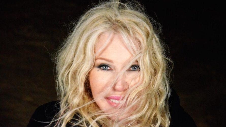 Ivana Spagna, benvenuta su Mondospettacolo, sei un'artista di fama Internazionale e con i tuoi brani disco pop (dai tuoi esordi ad oggi) hai fatto e fai ancora cantare e ballare […]