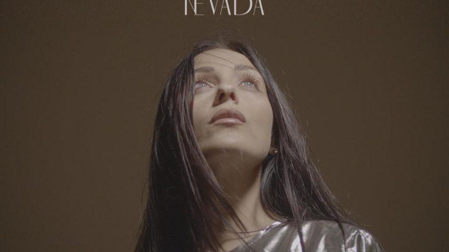 Reduce dal grande successo di 'Nevada' suo primo singolo, l'artista partenopea è tanto apprezzata in Italia e all'Estero. 'Nevada', solo su youtube, in un mese ha raggiunto 102.172 visualizzazioni. Ora […]