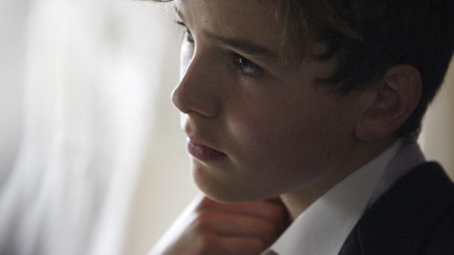 Un film sul coraggio di essere se stessi e sulla forza della famiglia Just Charlie – Diventa chi sei, opera prima di Rebekah Fortune, racconta – con la schiettezza e […]