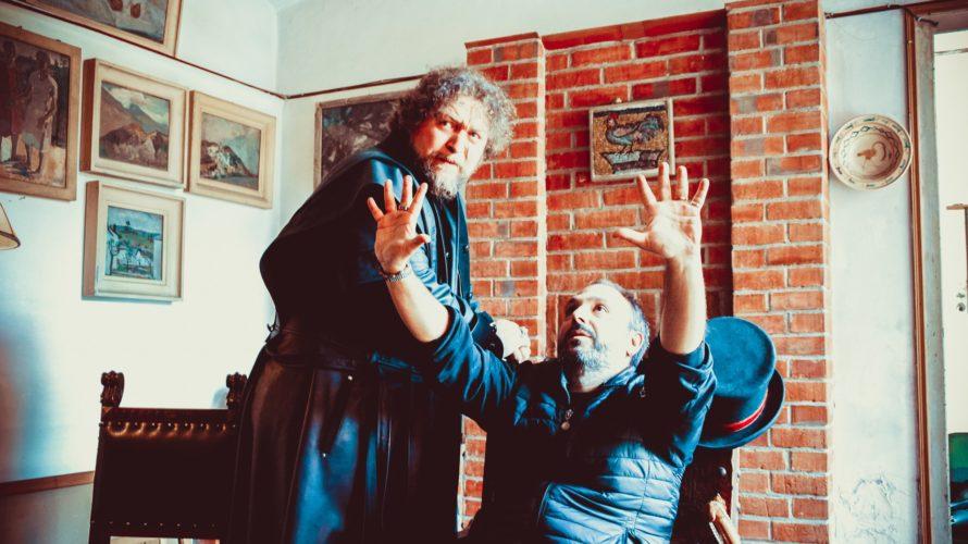 Pupi Oggiano: è un talentuoso regista torinese. In occasione dell'imminente uscita del suo secondo film, sono andato ad intervistarlo, ecco che cosa ci siamo detti. Come è nata l'idea di […]
